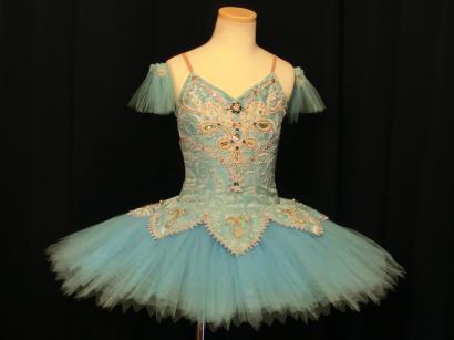 奈良にあるバレエの貸衣装・レンタルコスチュームの衣装畑